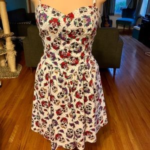 Hell Bunny skull and rose dress new condition.